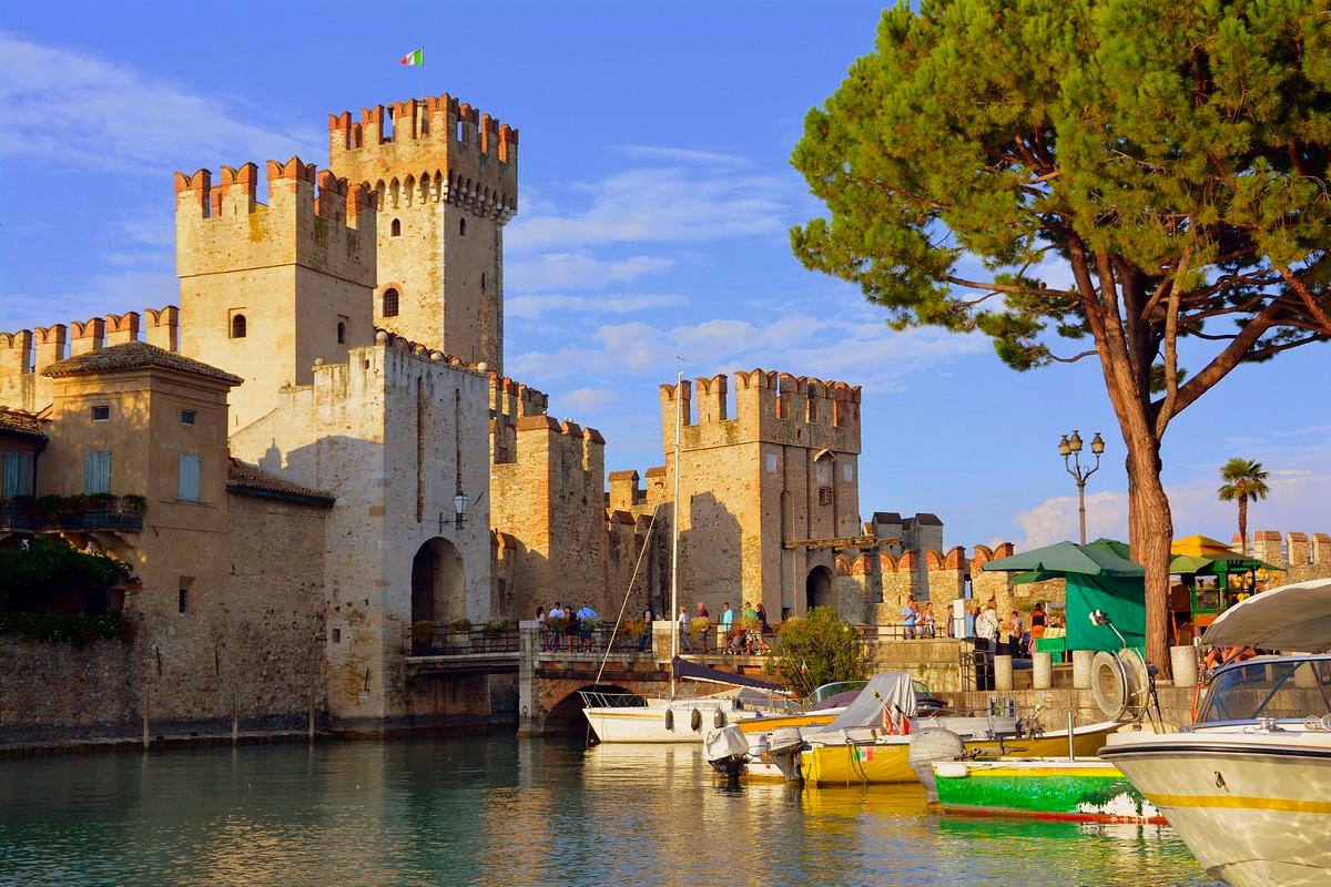 I Castelli d'Italia aprono (eccezionalmente) per un solo wee... OF OSSERVATORIO FINANZIARIO