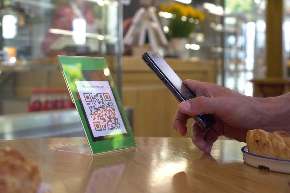Le nuove soluzioni smart e touch free per pagare nei negozi OF OSSERVATORIO FINANZIARIO